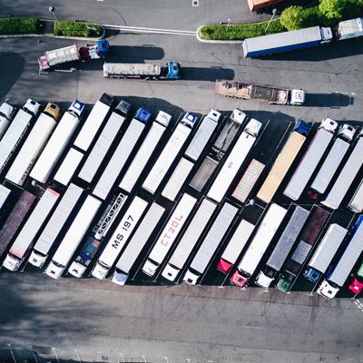 Диспониране на камиони